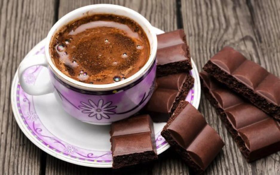 Как едят шоколад в разных странах