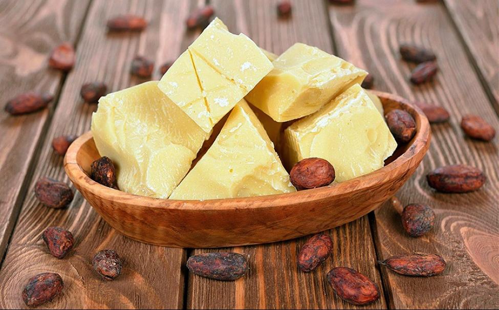 Необходимый продукт на любой кухне. Какао-масло