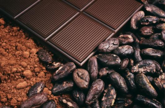 В чем разница между кофейными зернами и зернами какао